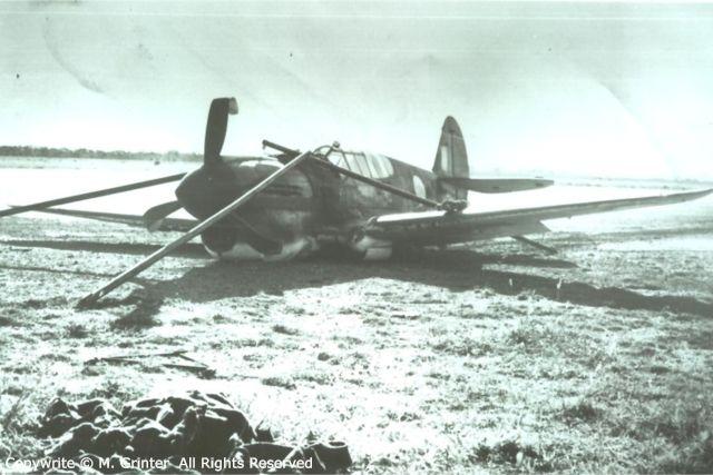 Curtiss P-40 A29-121