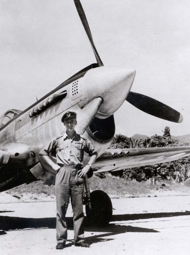 Curtiss P-40 Pic058